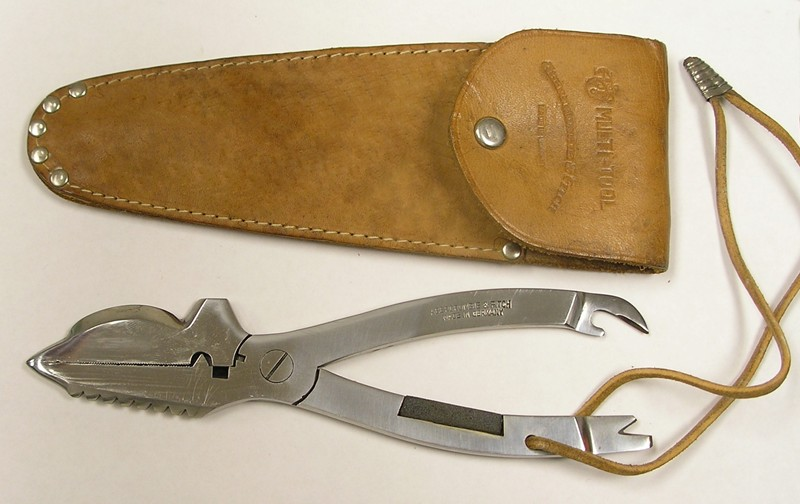 Abercrombie & Fitch Multi-Tool